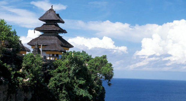 uluwatu_temple-car-rental-in-bali